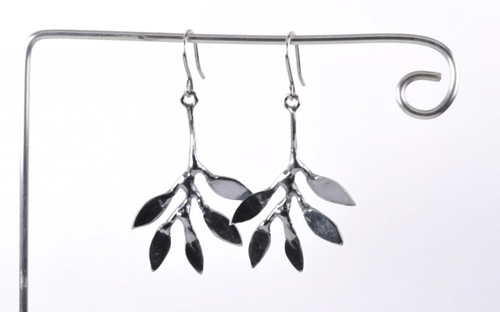 Øreringe i sterling sølv.