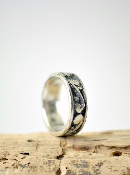 Markant ring i sølv